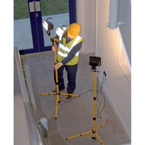 ideas4lighting-draper-twin-400w-halogen-site-lights-240v-and-stand-p25168-27670_medium